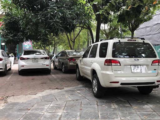 Dịch vụ thuê xe với nhiều dòng thương hiệu xe nổi tiếng